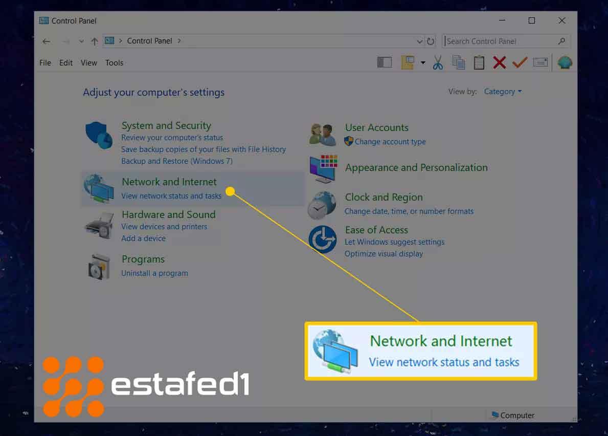2. قم بتحديد الخيارNetwork and Internet.